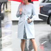 Kate Middleton wet