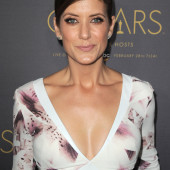 Kate Walsh cleavage