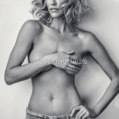 Katee Sackhoff topless photo