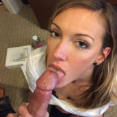 Katie Cassidy leaked nudes