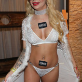 Katja Krasavice lingerie