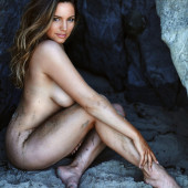 Kelly Brook nude