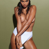 Kelly Gale payboy