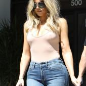 Khloe Kardashian jeans