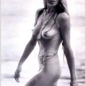 Kim Basinger nude