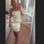 Kim Gloss selfie