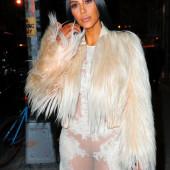 Kim Kardashian no panty