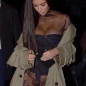 Kim Kardashian without pantys