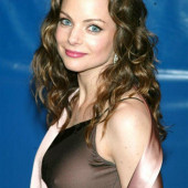 Kimberly Williams-Paisley pokies