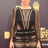 Kristen Bell braless