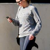 Kristen Bell leggings
