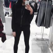 Kristen Hancher selfie