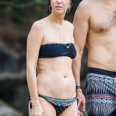 Kristen Wiig bikini