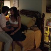 Kristen Wiig sex scene