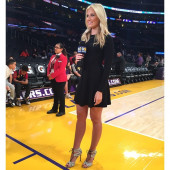 Kristine Leahy legs