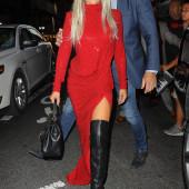 Lady Gaga overknees