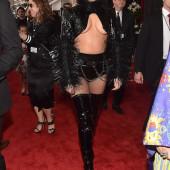 Lady Gaga underboob