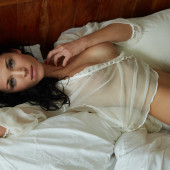Laura Kaiser nude pics
