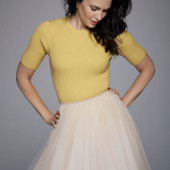 Laura mennell nackt