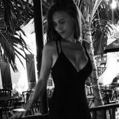 Laura Sophie Mueller koerper