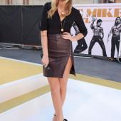 Laura Whitmore legs