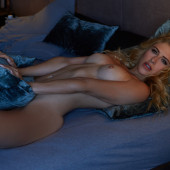 Lea Goetz topless
