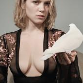Lea Seydoux cleavage