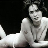 Lena Headey nude photo