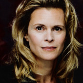 Leslie Malton sexy