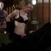 Leslie Mann sex scene