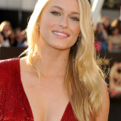 Leven Rambin cleavage