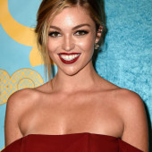 Lili Simmons hot