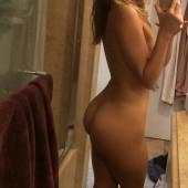 Lili Simmons leaked nudes