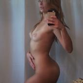 Lili Simmons nude photos