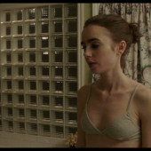Nudes lily collins Lily Collins