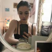 Lily Mo Sheen selfie