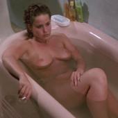 Linda Blair nackt scene