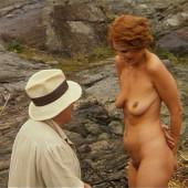 Linda Kozlowski naked scene