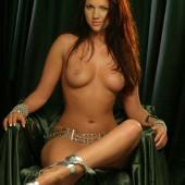 Linde Van De Leest naked