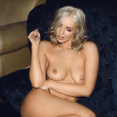 Lissy Cunningham topless