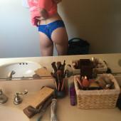 Mackenzie Lintz ass