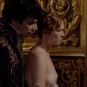Marie-Josée Croze nude scene