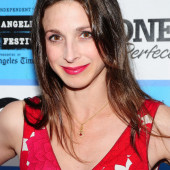 Marin Hinkle two and a half men