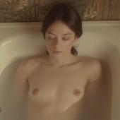 Marta Gastini topless