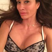 Melanie Sykes body