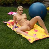Mia Malkova nude