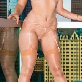 Mia Melano sexy