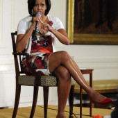 Michelle Obama leggy