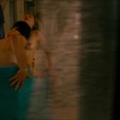 Michelle Williams topless scene