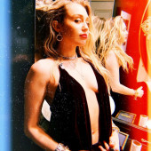 Miley Cyrus body